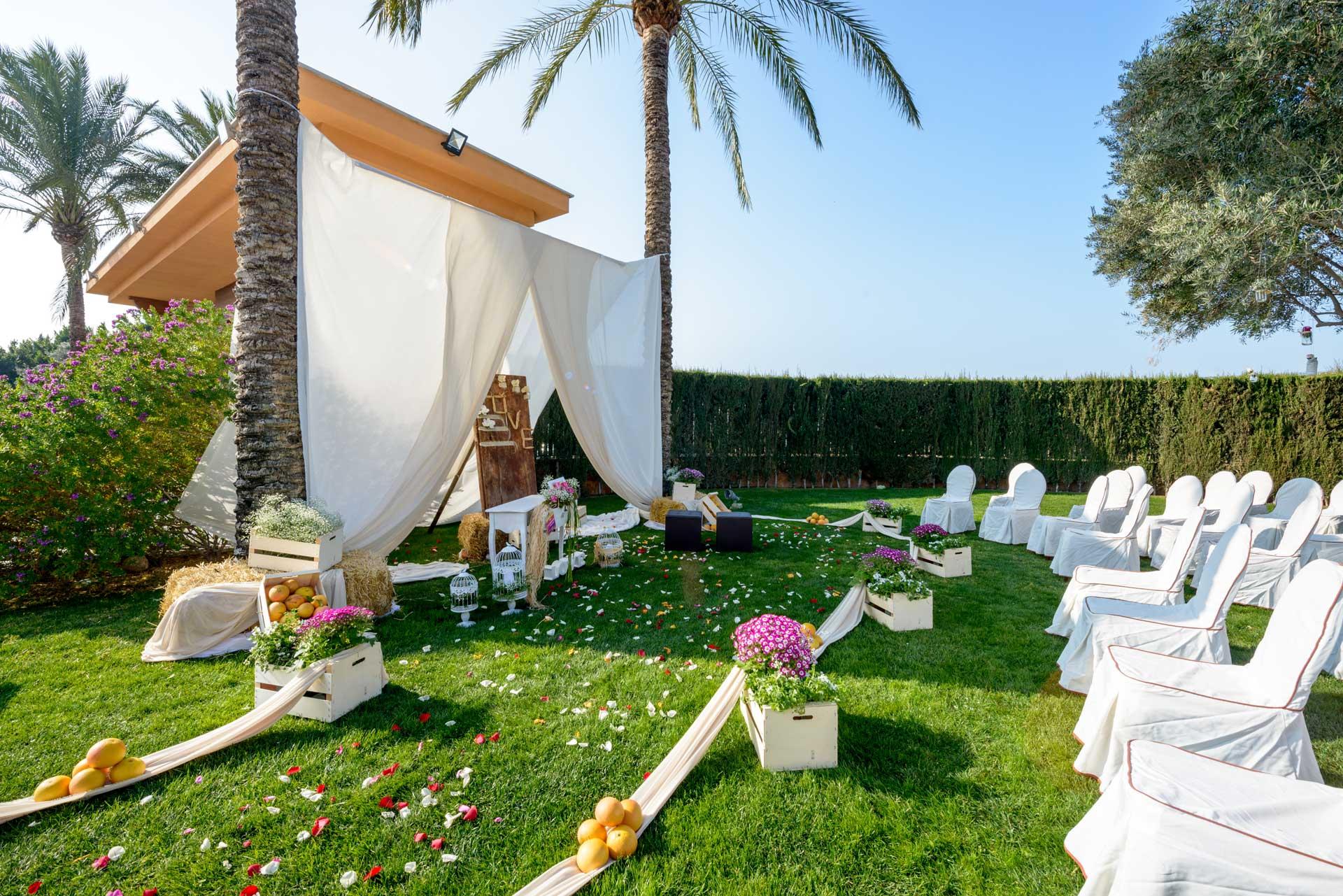 Bodas ceremonia civil y banquete en el cas n de la vega for Jardin de la vega alcobendas