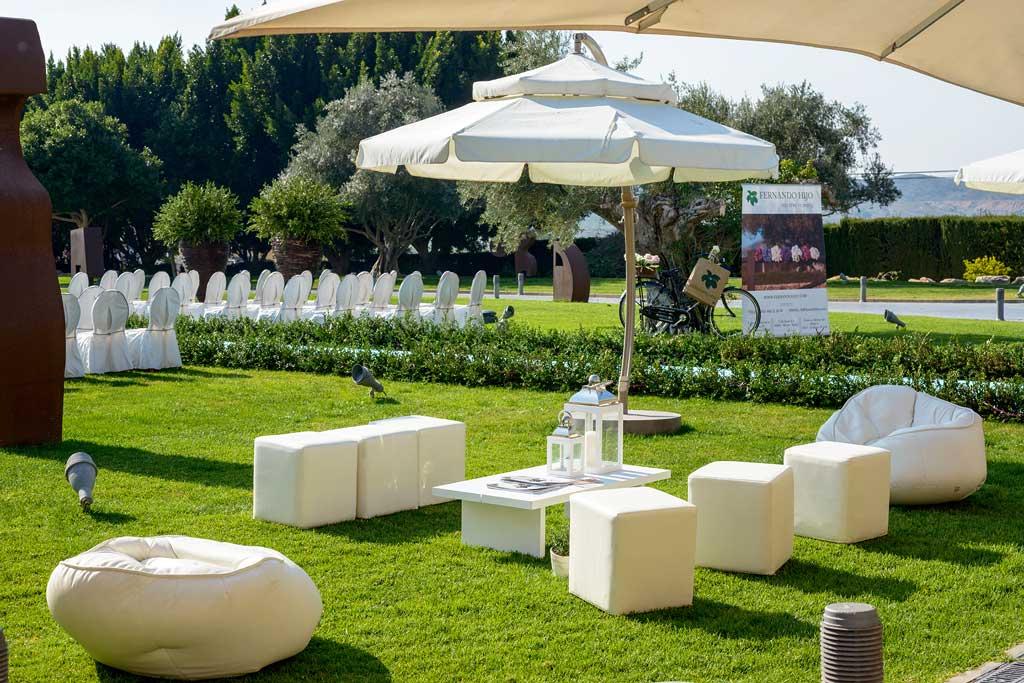 Los jardines para celebraciones del Casón de la Vega